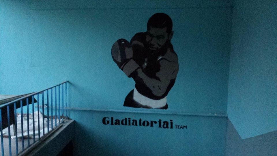 http://laisvadiena.lt/upload/56-Gladiatoriaiteam.jp.jpeg